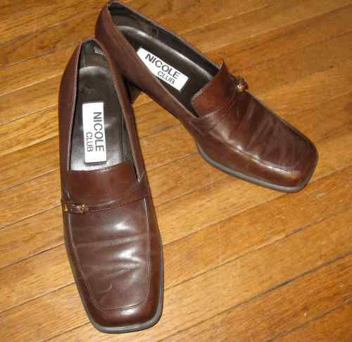 $6 shoes Better Brands consignment shop